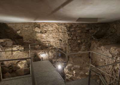 Sala décima, subterráneo.